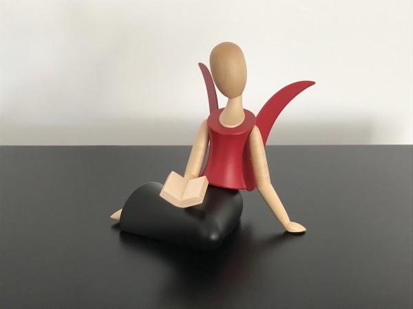 Engel Sternkopf sitzend mit Buch (schwarz/rot)